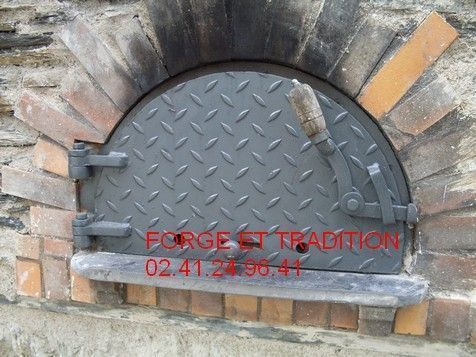 Accessoires de cheminee for Four a pain exterieur