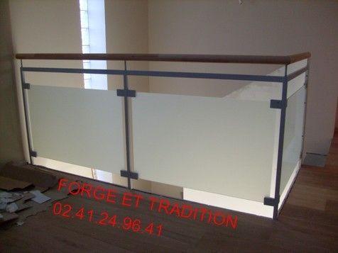 Balcon fer bois verre for Garde corps verre securit
